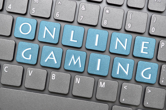 Online gaming on keyboard